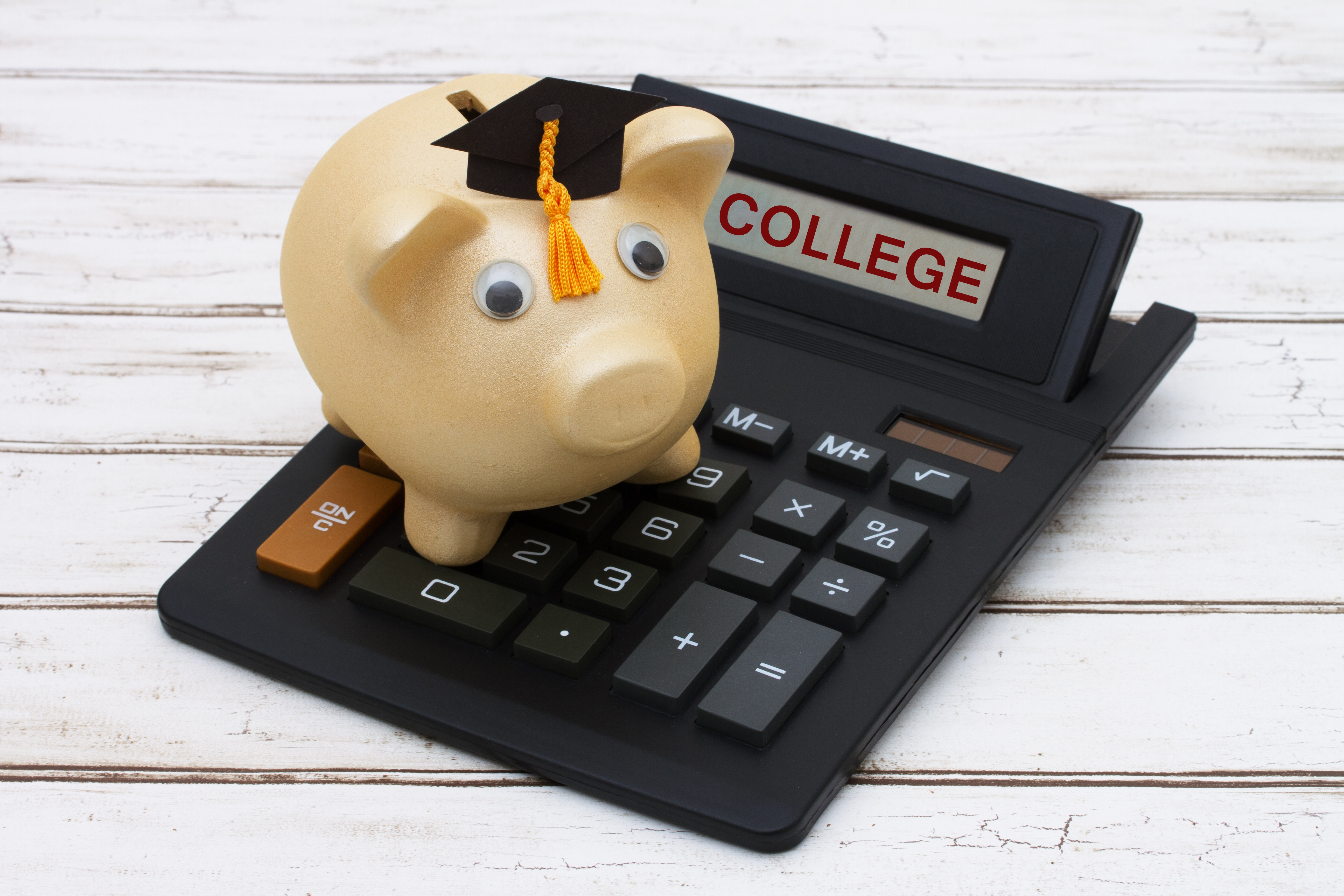 Scholarships For College >> Magic Foundation